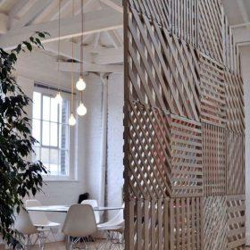 Деревянные реечные межкомнатные перегородки