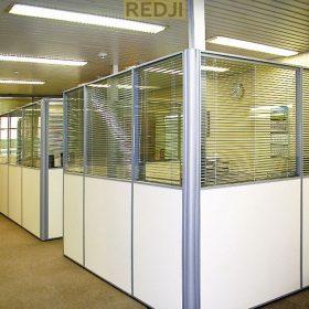 Легкие офисные перегородки