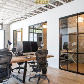 Офисные алюминиевые перегородки с остеклением