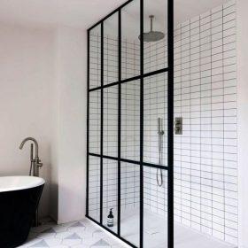 Стеклянные перегородки для ванной комнаты