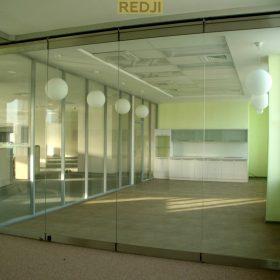 Трансформируемые стеклянные перегородки